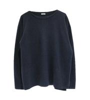 ボートネックニットセーター